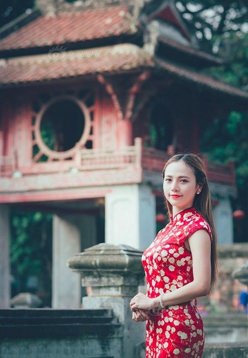 Cô gái Việt bỏ nghề Y, sang TQ làm người mẫu - 1