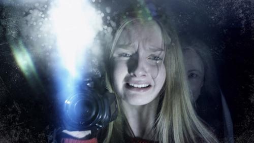 8 bộ phim kinh dị khiến người xem cười ra nước mắt - 11