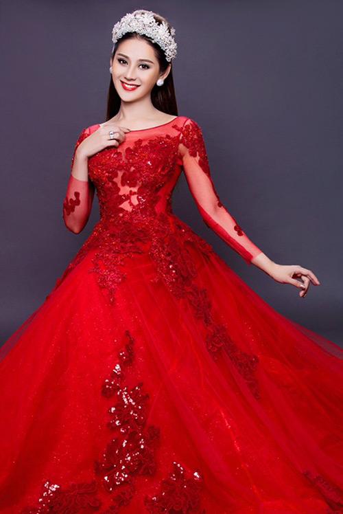 Lâm Khánh Chi tung hình cưới, úp mở chuyện kết hôn - 1