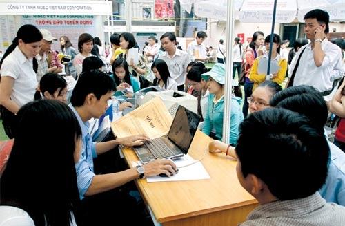 Môi trường kinh doanh Việt Nam cải cách ít hơn khu vực - 1