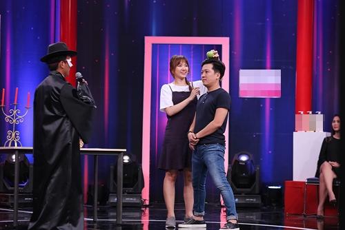 Trường Giang đòi bỏ làm MC vì Hari Won - 2