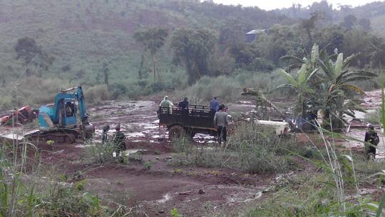 Truy nã nghi can bắn chết 3 bảo vệ rừng ở Đắk Nông - 1