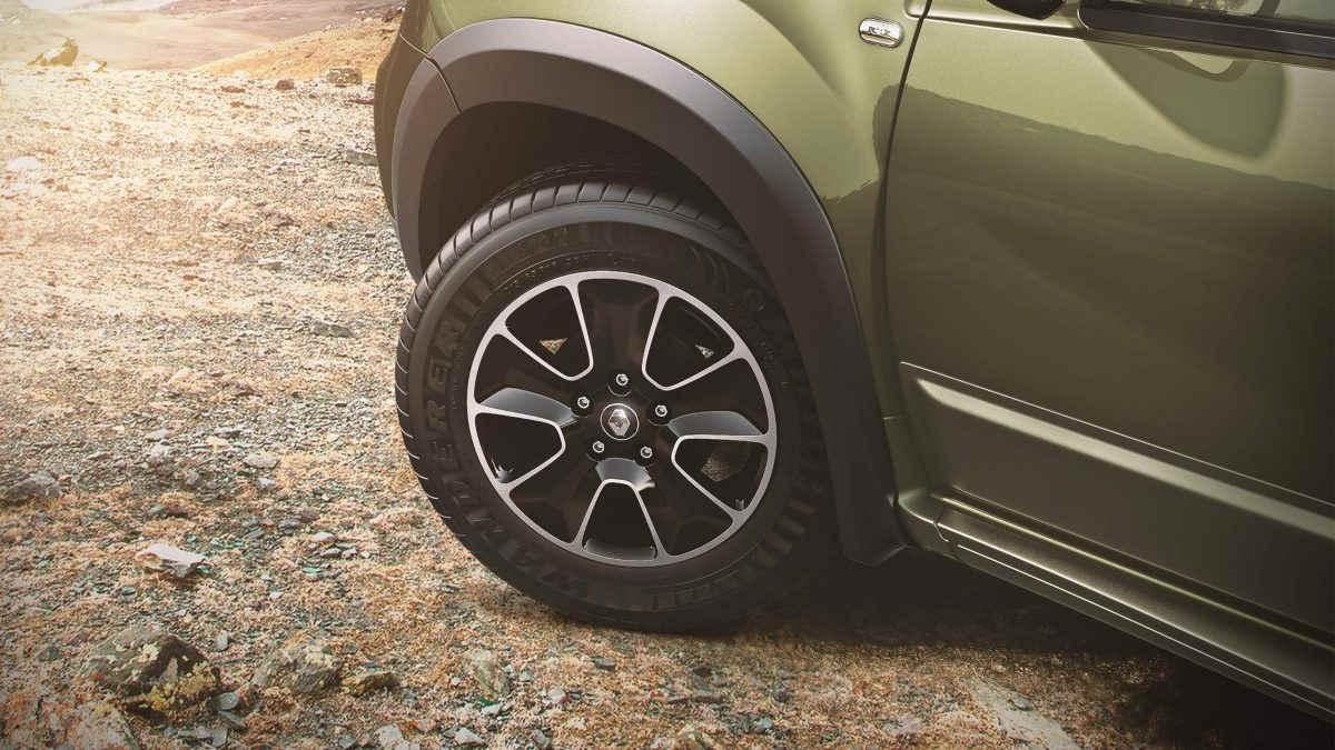 """Vẻ """"hầm hố"""" của Renault Duster Adventure Edition - 5"""