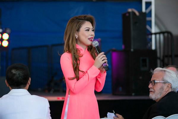 Thanh Thảo tạm nghỉ hát qua Mỹ chấm thi Hoa hậu - 2