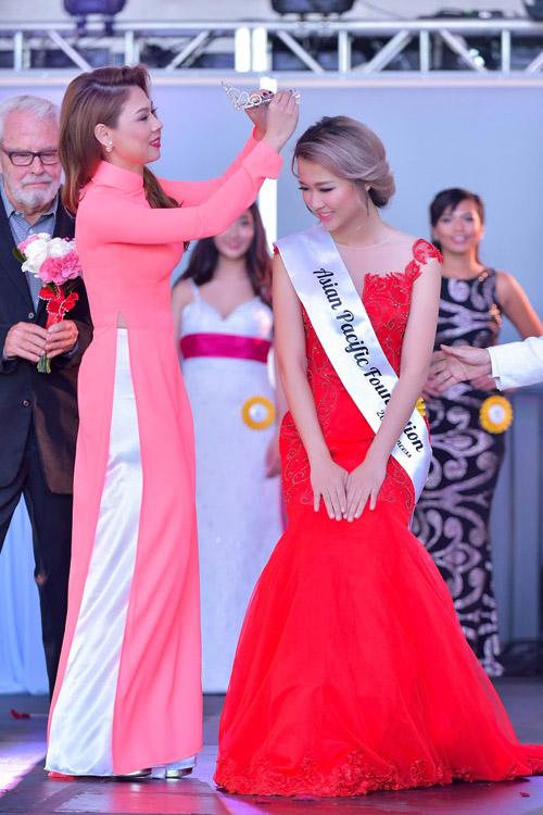 Thanh Thảo tạm nghỉ hát qua Mỹ chấm thi Hoa hậu - 4