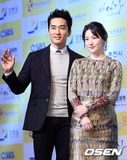"""Sự thật nhan sắc không tuổi của """"nàng Dae Jang Geum"""" - 4"""