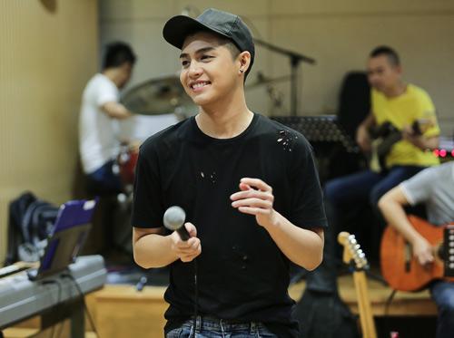 Noo Phước Thịnh đỏm dáng khi tập luyện cho show khủng - 3