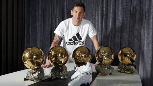 Quả bóng Vàng: Thế giới ủng hộ Messi nhiều hơn Ronaldo - 1