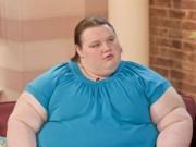 Phi thường - kỳ quặc - Cô gái béo nhất nước Anh bị bạn trai đá vì giảm cân