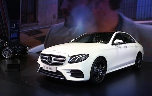 Mercedes-Benz giới thiệu loạt xe tiền tỉ tại Motoshow 2016 - 3