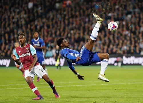 West Ham – Chelsea: Công phá mãnh liệt - 1