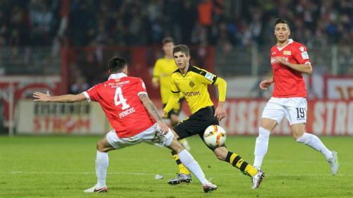 Dortmund - Union Berlin: Căng thẳng thót tim - 1