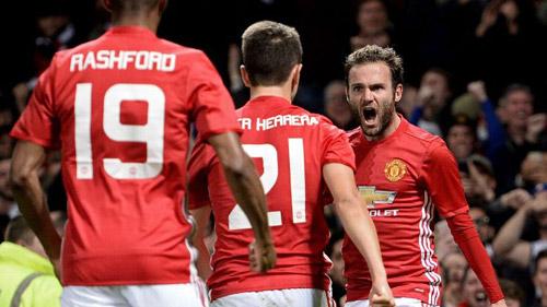 MU - Mourinho thắng derby: Vui hôm nay đã - 2
