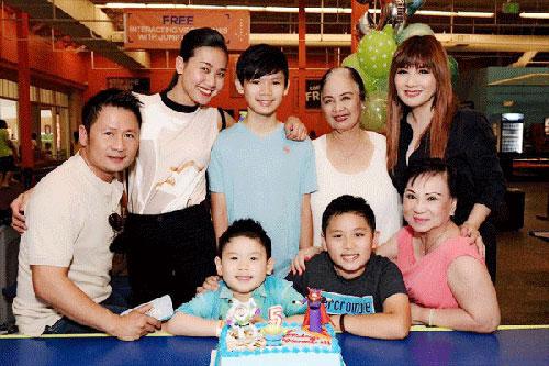 Xúc động khoảnh khắc đoàn tụ của sao Việt sau ly hôn - 3