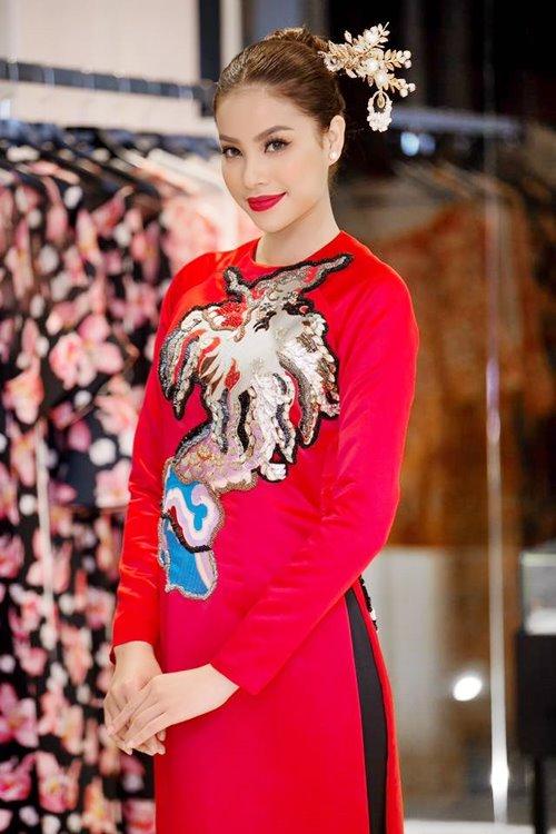 """Dàn mỹ nhân Việt """"đẹp quên lối về"""" với áo dài cách tân - 1"""