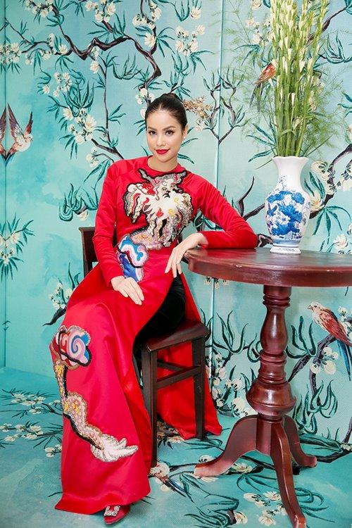 """Dàn mỹ nhân Việt """"đẹp quên lối về"""" với áo dài cách tân - 5"""