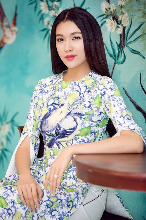 """Dàn mỹ nhân Việt """"đẹp quên lối về"""" với áo dài cách tân - 9"""