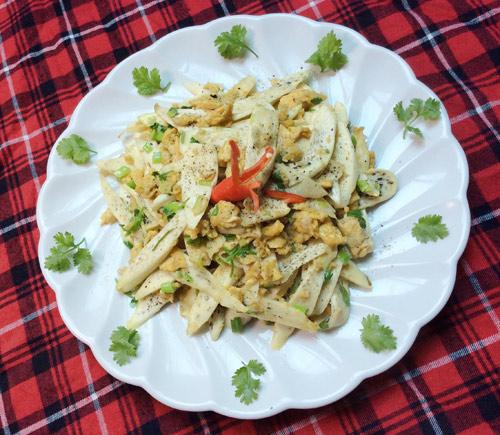 5 món trứng gà xào rau củ ngon miệng, dễ làm - 4
