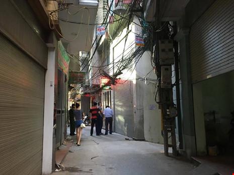 Hiện trường vụ nổ súng khiến 1 người chết tại Hà Nội - 4