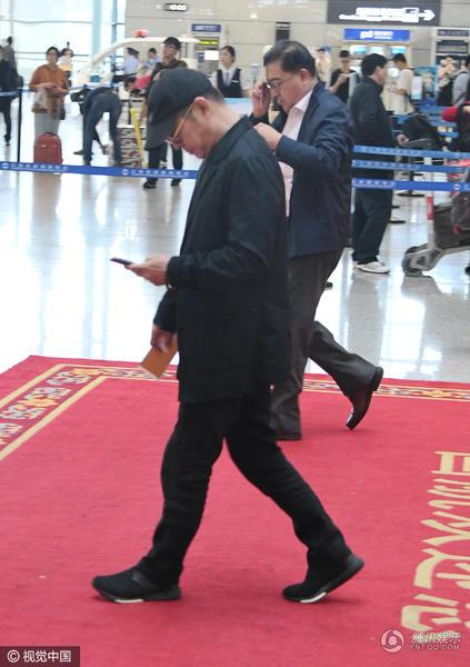Bất ngờ gặp Lý Liên Kiệt già nua giữa sân bay - 4