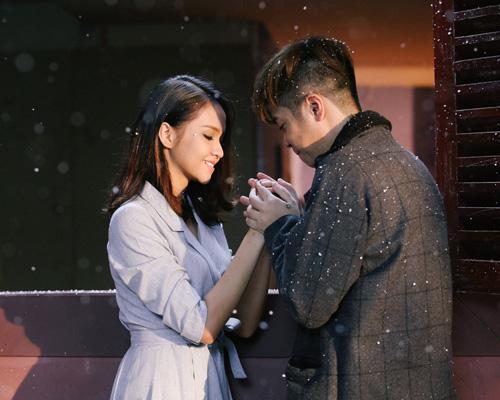 Bùi Anh Tuấn tình tứ bên cô gái lạ trong MV mới - 3