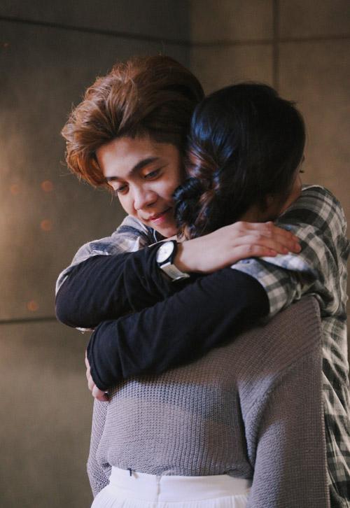 Bùi Anh Tuấn tình tứ bên cô gái lạ trong MV mới - 5
