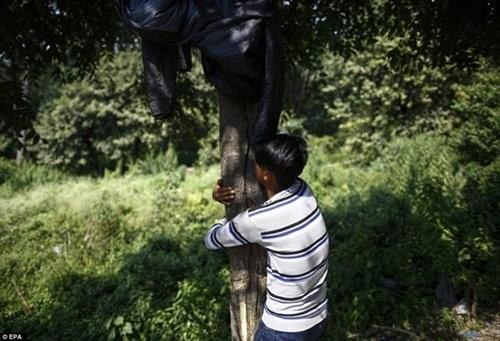 Kinh hoàng cách giảm đói của trẻ em nghèo Nepal - 10