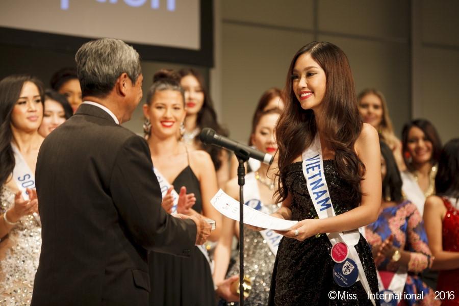 """Đại diện nhan sắc Việt """"trượt"""" top 15 Hoa hậu Quốc tế - 7"""
