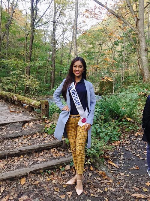 """Đại diện nhan sắc Việt """"trượt"""" top 15 Hoa hậu Quốc tế - 14"""
