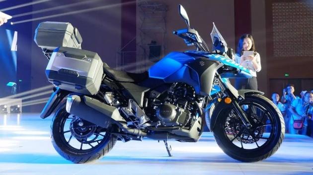 """Suzuki V-Strom DL250 Concept 2017 """"nhá hàng"""" tại Trung Quốc - 1"""