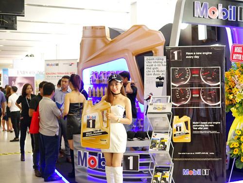 Mobil 1 xuất hiện tại triển lãm Ô tô Quốc tế Việt Nam 2016 - 2