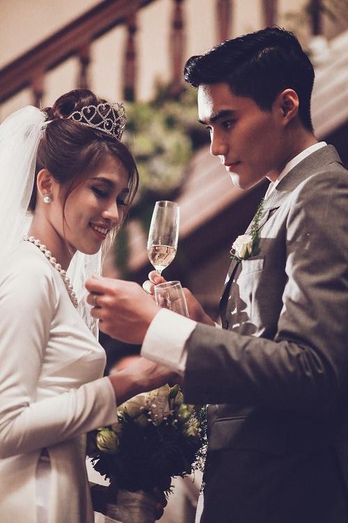 """Lộ """"thiệp cưới"""" của cặp đôi Next Top Quang Hùng- Quỳnh Châu - 6"""