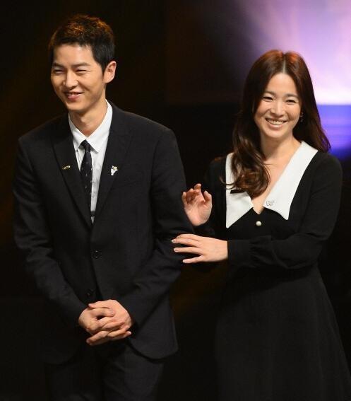 Song Joong Ki ga lăng hết cỡ với Song Hye Kyo trên truyền hình - 5