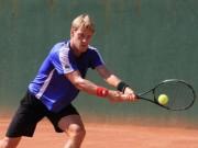 Thể thao - Tay vợt vô danh trái 1 tay trên lưới hay tựa Federer