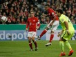 Bayern - Augsburg: Hai quả phạt đền hỏng ăn