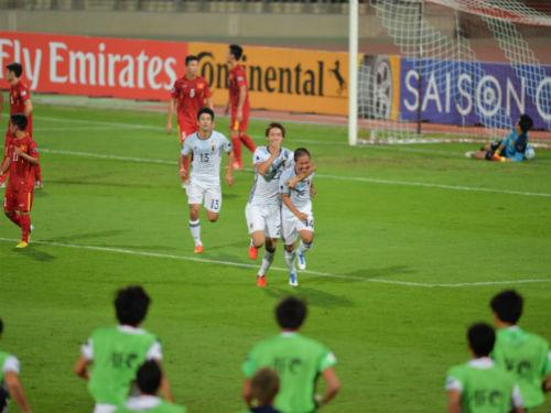 U19 Việt Nam - U19 Nhật Bản: Kiên cường chống trả - 1