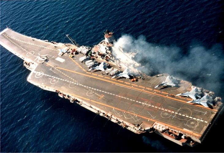 Hỏa lực tàu sân bay Nga đủ diệt cả nhóm tàu chiến Mỹ - 1