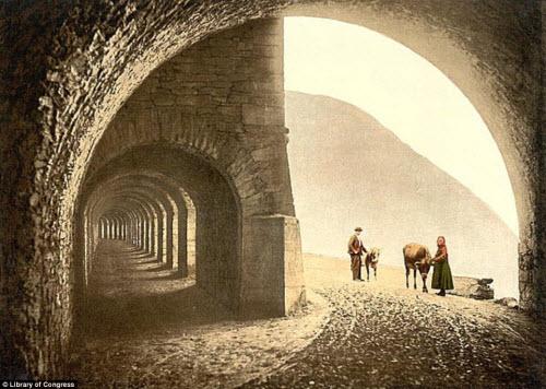 Cảnh đẹp và cuộc sống trên dãy Alps cách đây 100 năm - 7