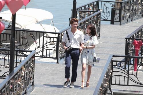 """Tài tử Kang Tae Oh """"khó chịu"""" khi hôn Nhã Phương - 4"""