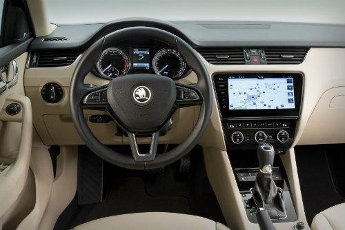 2017 Skoda Octavia lộ diện tăng sức ép lên Toyota Altis - 2
