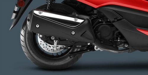 So găng Yamaha X-Max 300 và Honda Forza 300 - 3