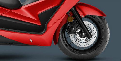 So găng Yamaha X-Max 300 và Honda Forza 300 - 7