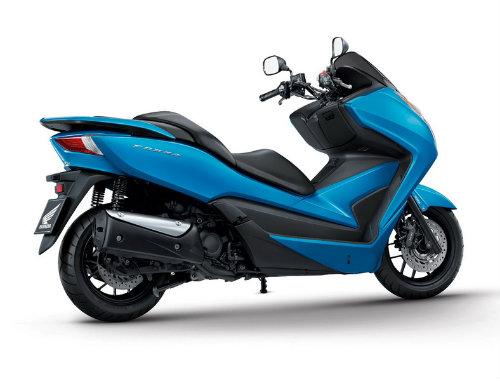 So găng Yamaha X-Max 300 và Honda Forza 300 - 10