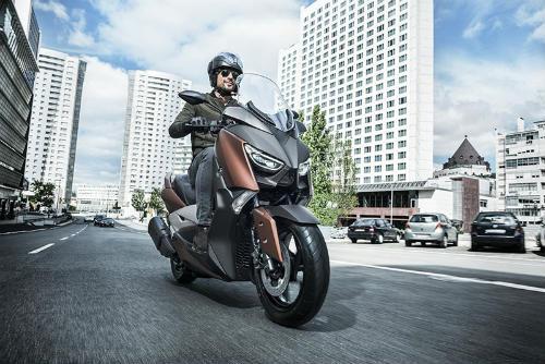 So găng Yamaha X-Max 300 và Honda Forza 300 - 12