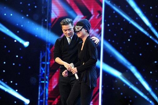 Bất ngờ với ảnh hiện tại của cô gái đeo mặt nạ ở X-Factor - 1