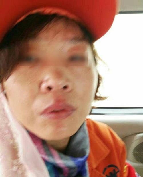 """Thanh niên đánh lao công vì cản chó """"đi bậy"""" ngoài đường - 3"""