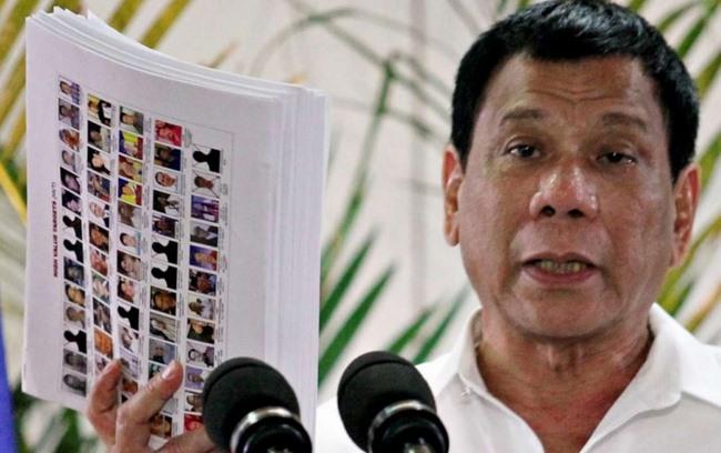 Philippines: Thị trưởng và 9 cận vệ bị bắn chết vì ma túy - 1