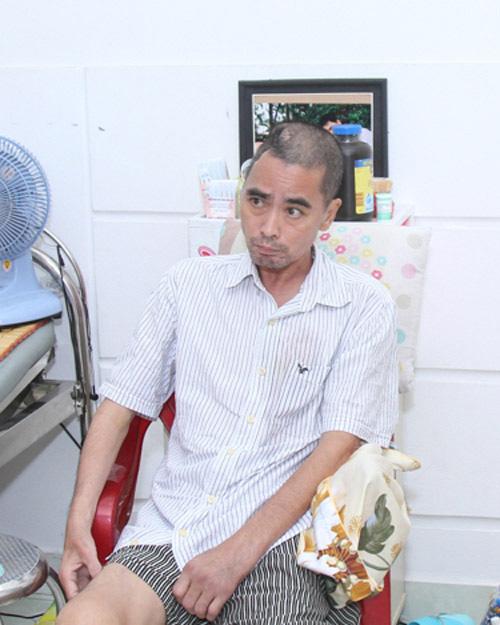 Diễn viên Nguyễn Hoàng tạm xa vợ con để điều trị bệnh - 1