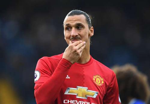 MU cần thay đổi: Gạt Ibra, dùng Rooney hoặc Mata - 1