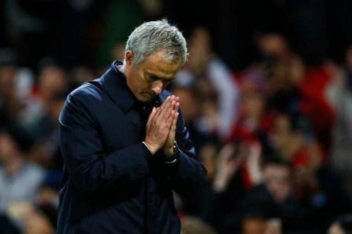 Pep Guardiola - Mourinho: Ai khổ hơn ai? - 3